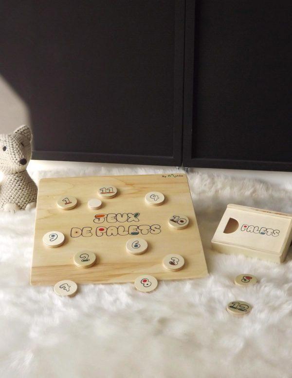 Planche de palets, jeu ludique, avec 12 palets et un palet maître pour un jeu fabriqué 100% artisanal et en bois de peuplier