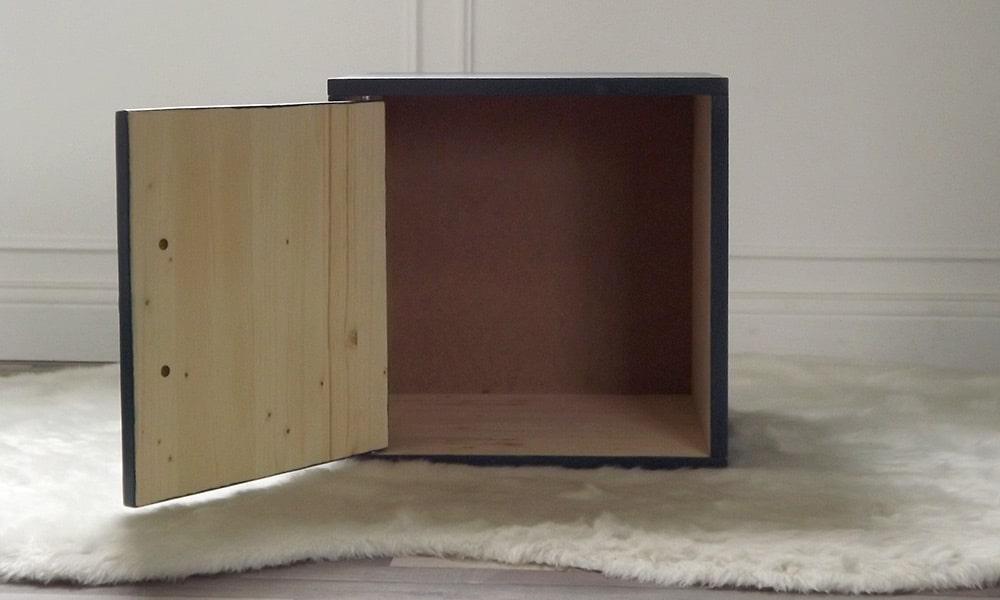 Intérieur de la Mehliebox bleue pétrole pour les meubles de By Mehlie
