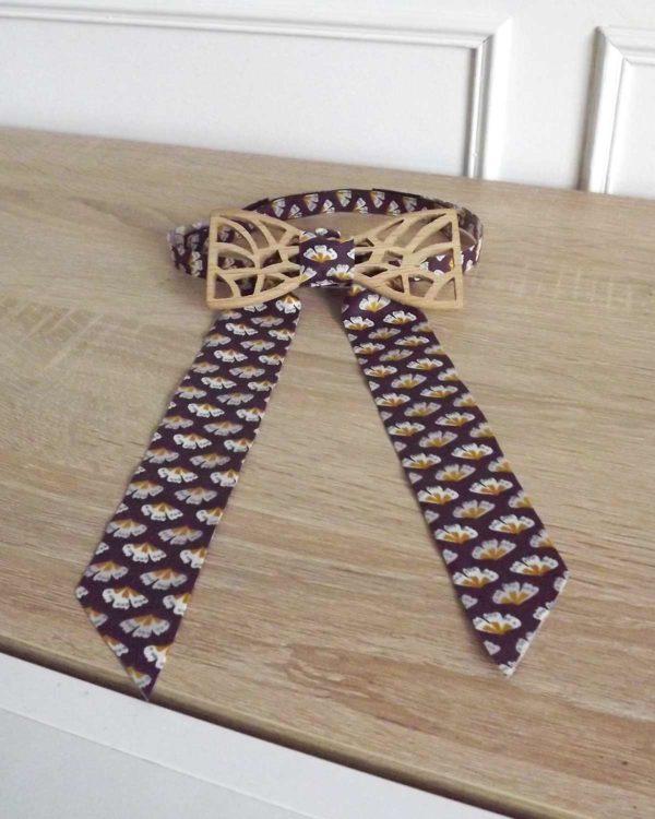 Pour vos tenues de réveillon, portez le noeud papillon destiné aux femmes.