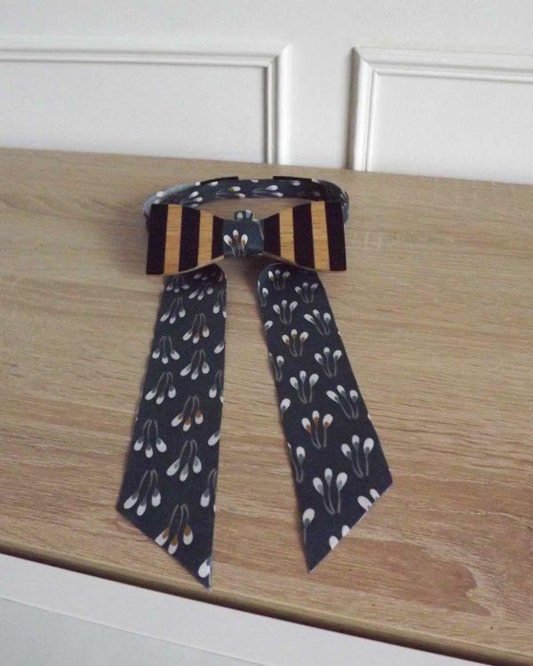 Ruban fantaisie fleurs à utiliser avec le noeud papillon en bois pour les femmes.
